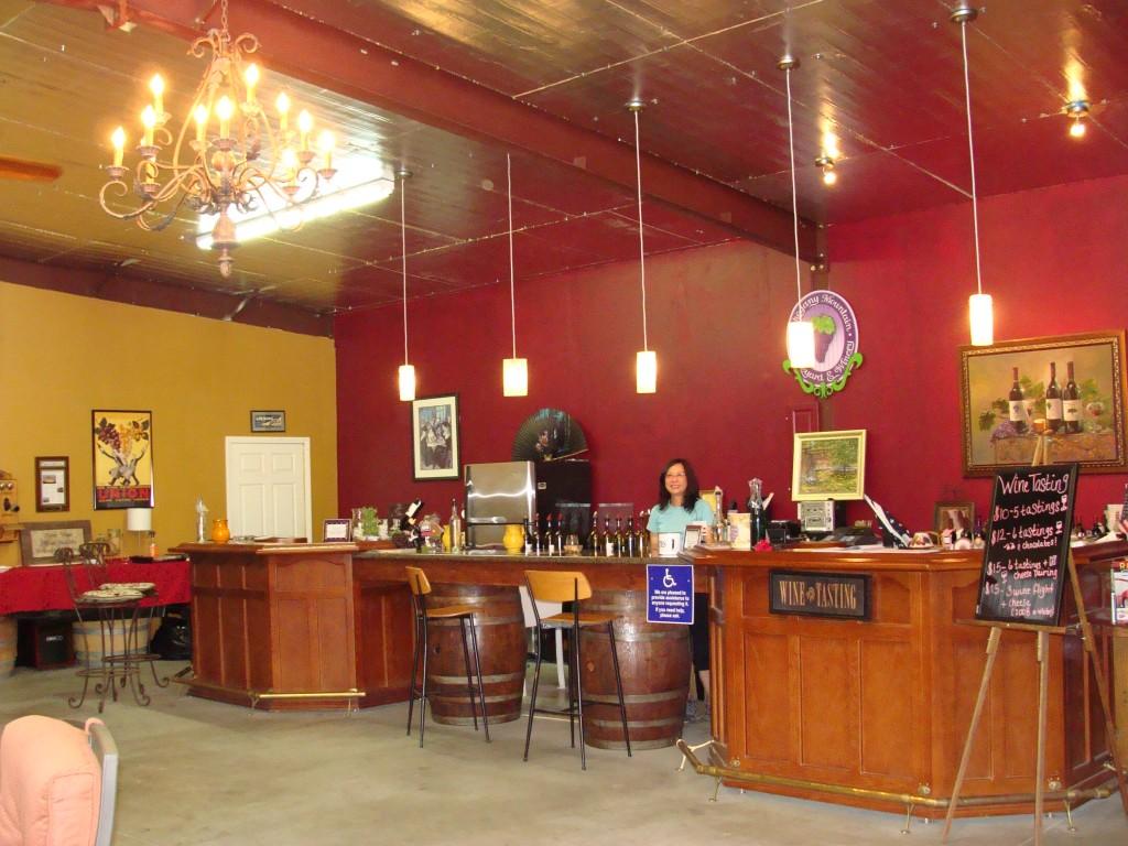 Mahogany Ridge Winery Tasting Room